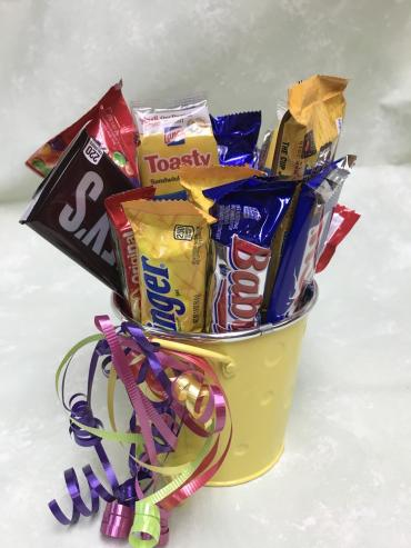 Candy Bar Bucket